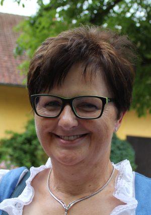 Portrait von Christine Leitner